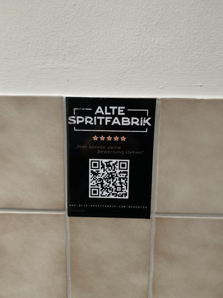 Bewertung auf Toilette